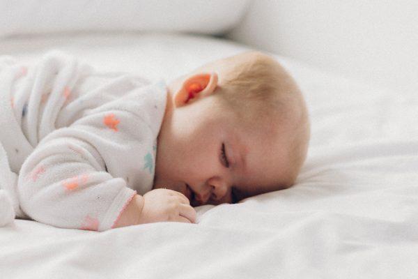 Mitos y verdades para dormir como un bebé